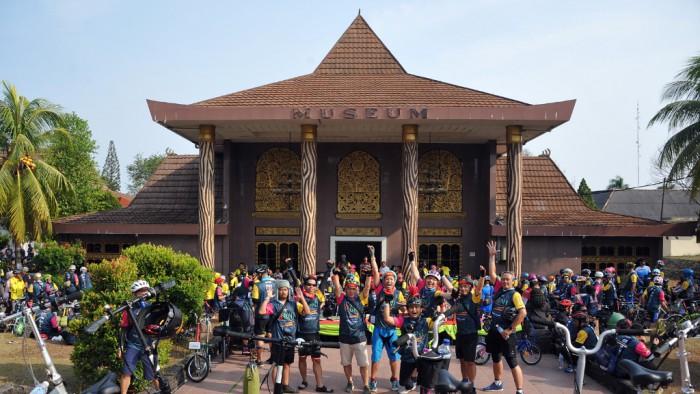 Palembang Ekspres - Edisi 16 September 2019