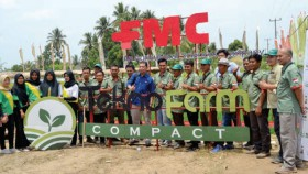 Edukasi perlindungan total padi dan petani