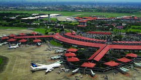Overlay landasan pacu Bandara Soetta on progress