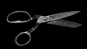 Hukum mencukur dan menggundul rambut bagi wanita