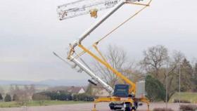 Crane baru Pontain Hup self-erecting fokus pada mobilitas