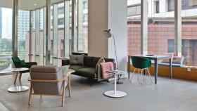 Kantor fleksibel bergaya modern Skandinavia