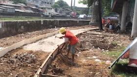 Proyek seperempat abad, trotoar Jakarta