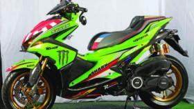 Yamaha Aerox 155 VVA 2017, kena virus Johann Zarco