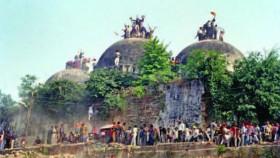 Kami hancurkan Masjid Babri dalam waktu 17 menit