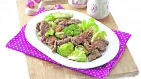 Eksperimen seru buka dan sahur, tumisan daging dan sayur dalam 10 menit!