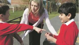 Anak bertengkar dengan teman, maksudnya membela ortu malah bikin petaka