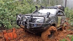 Bangun Jip Off-road, long adventure