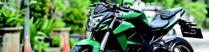 Kawasaki Z250SL 2015, tampil bak moge!