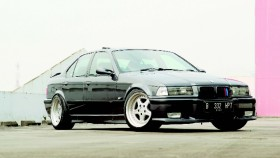 BMW 323i 1996, konversi yang sempurna
