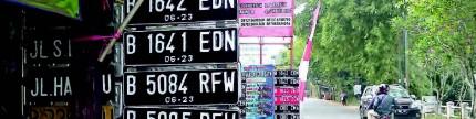 Rekayasa lalu lintas ganjil-genap, tipu-tipu 'pelat nomor ganda'