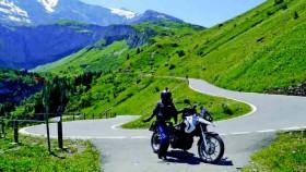 Solo touring dengan motor, keliling Eropa & tembus dua negara