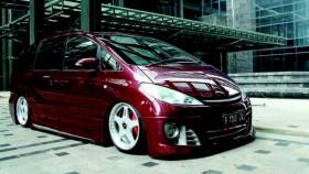 Toyota Estima 2001, yang keempat makin dewasa