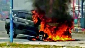 Penyebab mobil terbakar, waspada pasang aksesori!