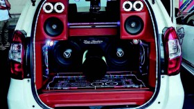 Daihatsu Xenia X 2016, bila hobi mengalahkan isi dompet