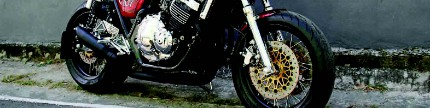 Honda CB400 1998, cafe racer racikan bos steak