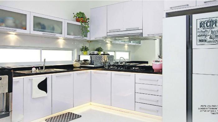 Tabloid Rumah Edisi 375 Sebelum Ambil Keputusan Untuk Memisahkan Atau Menyatukan Dapur Basah Dan Kering