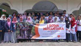 Berbagi kebahagiaan bersama Rona Nusantara