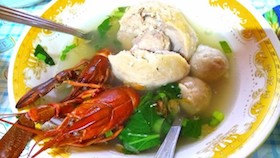 Paduan bakso hamil & lobster air tawar