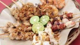 Unik cita rasa taichan, seafood sate maranggi asin