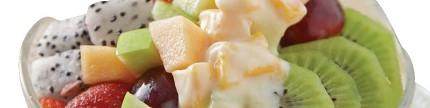 Berbuka dengan olahan buah