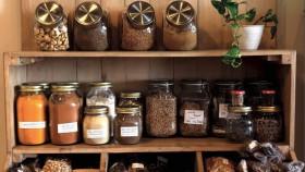 La brulerie: Coffee and spices, sajikan kopi & teh beraroma rempa nan unik