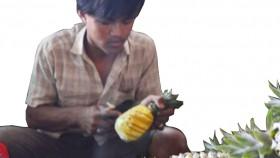 Membuat selai nanas untuk isian nastar