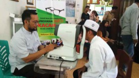 100 Kacamata untuk pelajar dan hafidz quran Balikpapan