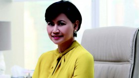 Ratih Darmawan Gianda, memilih tetap loyal